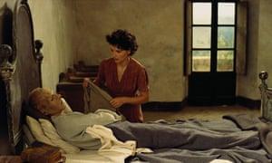 'I'm toast' … Fiennes as Almasy being nursed by Hana, played by Juliette Binoche.