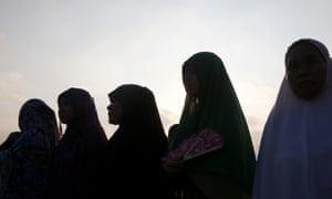 Silhouette of Filipino muslim women