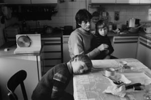 """from the series """"Living Together"""" Living together, Winfried Glatzeder with Robert and Philipp, GDR, Germany, 1982"""