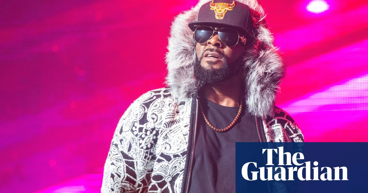 The problem with R Kelly: how the star is finally facing the