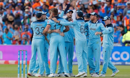 High fives all round as England players celebrate
