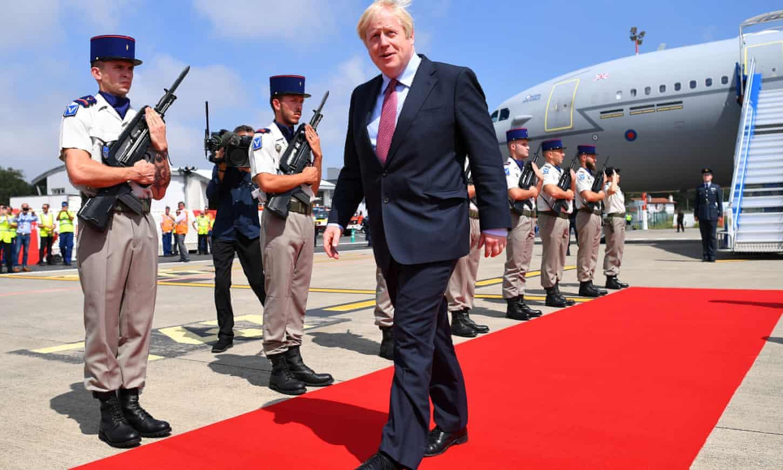 Boris Johnson prepares for Biarritz balancing act with Donald Trump