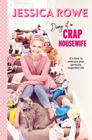 Book cover of Diary of a Crap Housewife by Jessica Rowe