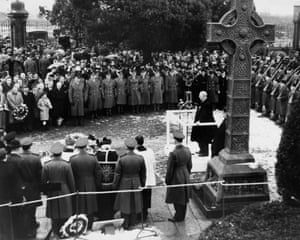 Irish President Eamon de Valera speaking at the funeral of Irish nationalist Roger Casement at Glasnevin Cemetery in Dublin, 2nd March 1965.
