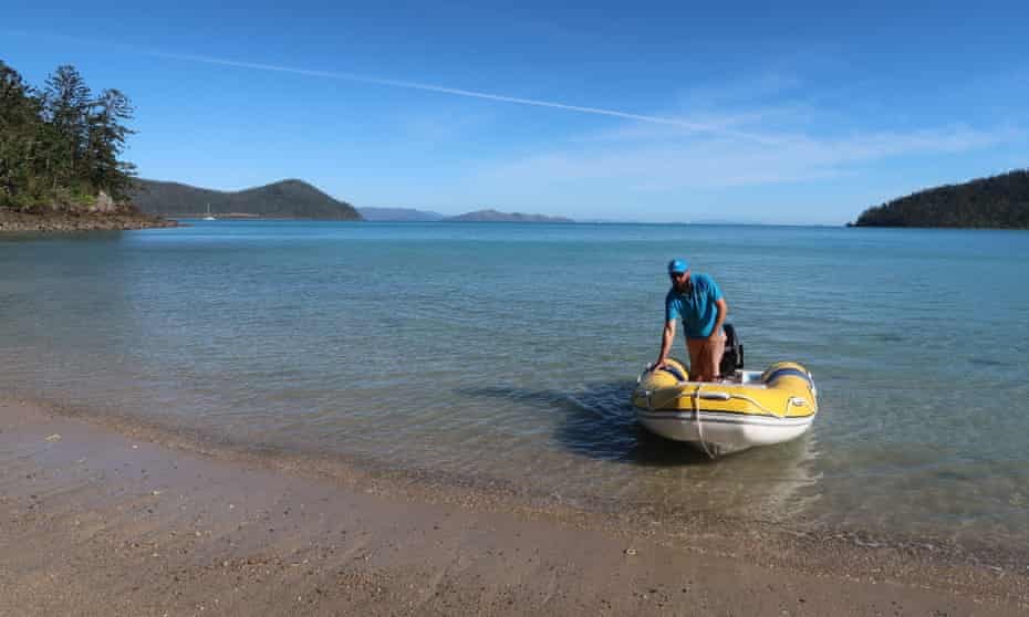 Cuzzy pulls into Dugong beach.