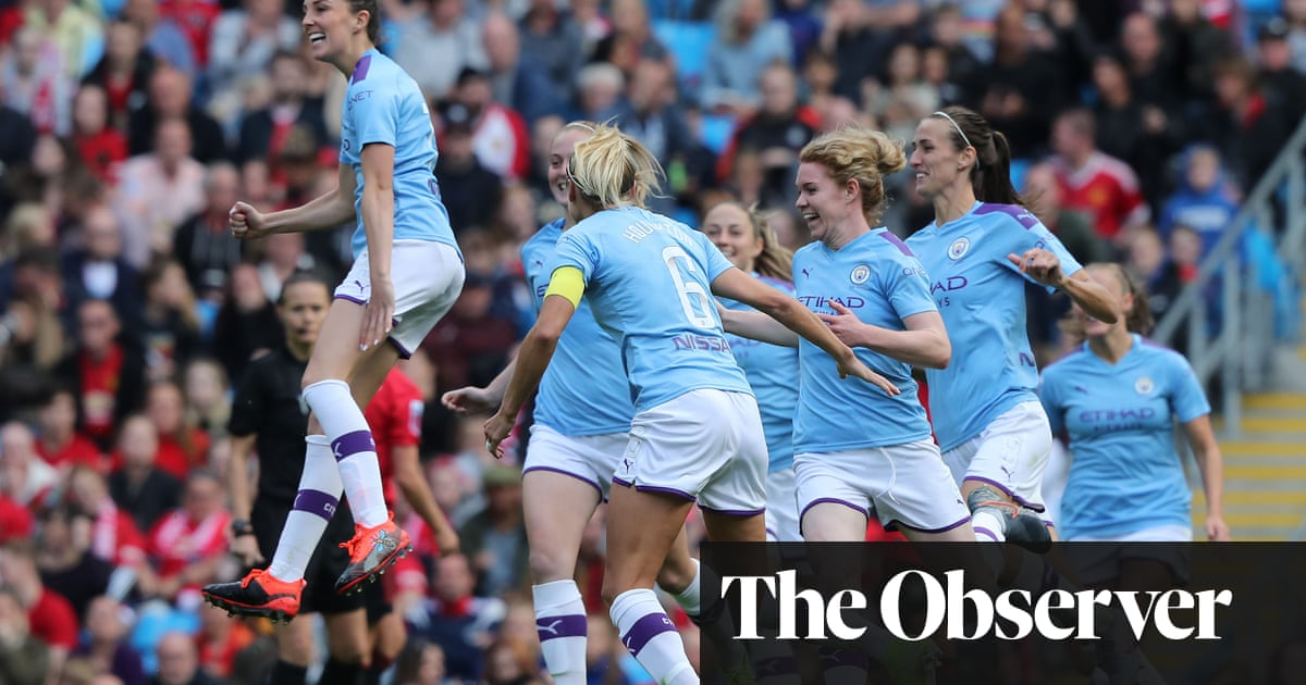 Caroline Weir fires Manchester City to opening-day win over United in WSL