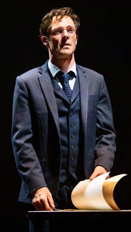 Gareth Reeves as Harry Potter