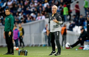 Ireland manager Mick McCarthy looking angry.