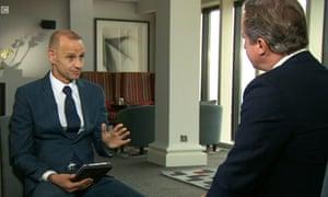 <strong>Newsnight anchor Evan Davis interviews David Cameron</strong>