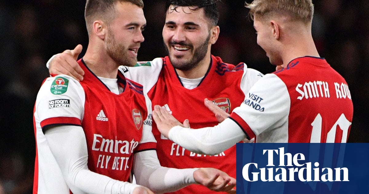 Calum Chambers' instant impact sends Arsenal on way to Leeds win