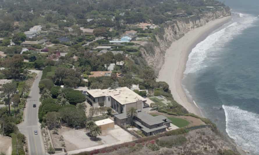 Abdullah acquired three clifftop properties on California's Malibu coast.