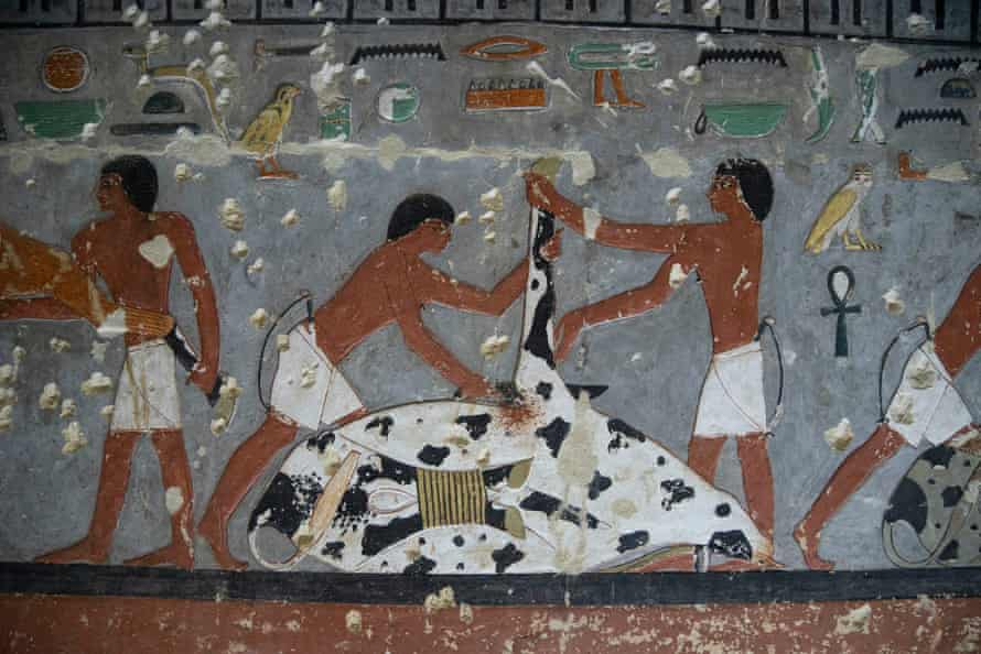 Painting on                  the wall of Khuwy's tomb.