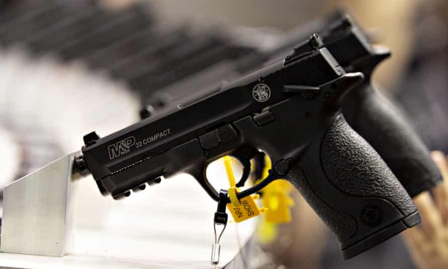 Smith & Wesson  guns on display