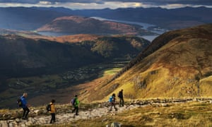 Walkers on the tourist path of Ben Nevis