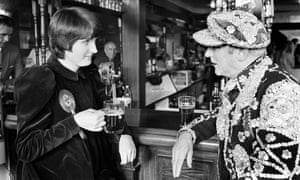 Harman chats to a pearly king during her early days as an MP in 1982