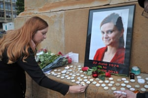 Tributes have been paid to Jo Cox across the country, including in Glasgow, where a vigil was held.