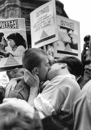 Outrage kiss-in demonstration in Piccadilly Circus.