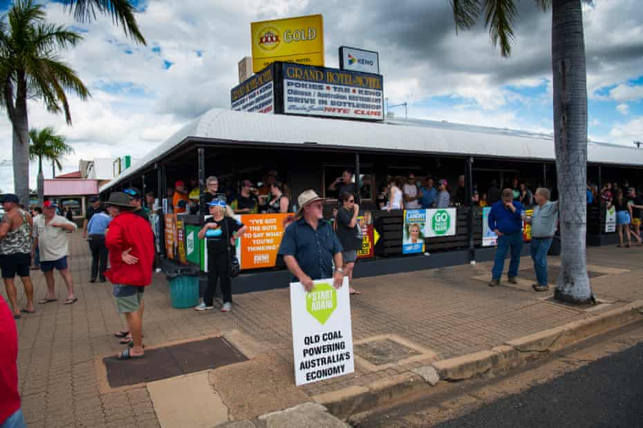 Pro-mining protesters spill out on to the street in front in Clermont, Queensland after a rally held against the imminent arrival of Bob Brown's Stop Adani convoy in May 2019.