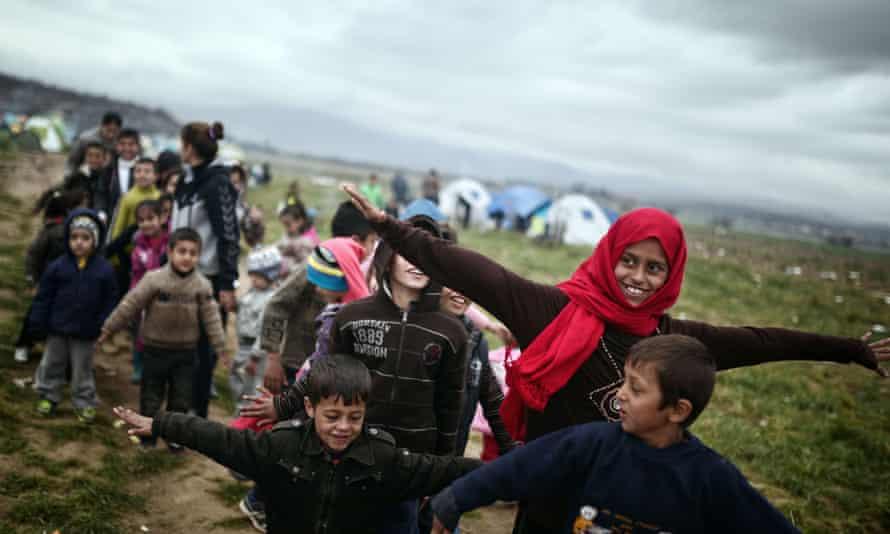 Refugee children at camp near Macedonia border