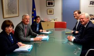 Michel Barnier (left) and David Davis, July 2017.