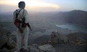 Armed Yemeni tribesman