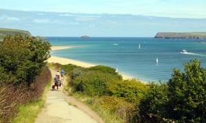 Walking along the Camel estuary from Padstow.