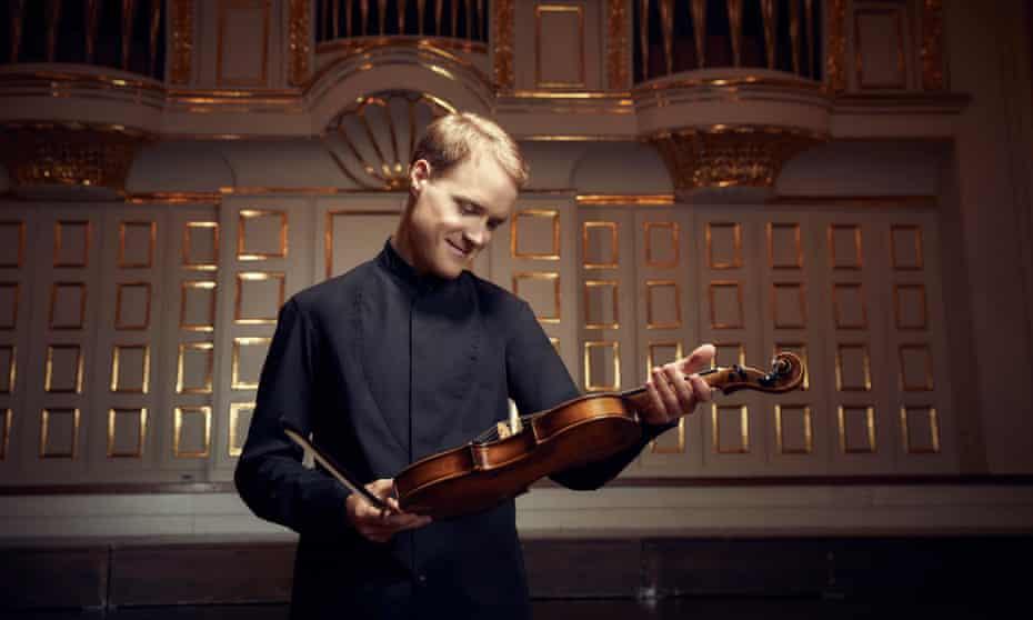 Christoph Koncz with Mozart's violin