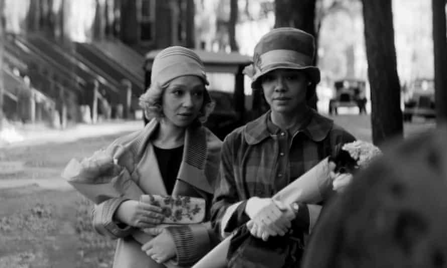Ruth Negga and Tessa Thompson in Passing