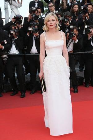 Kirsten Dunst in white bodice-structured Dior