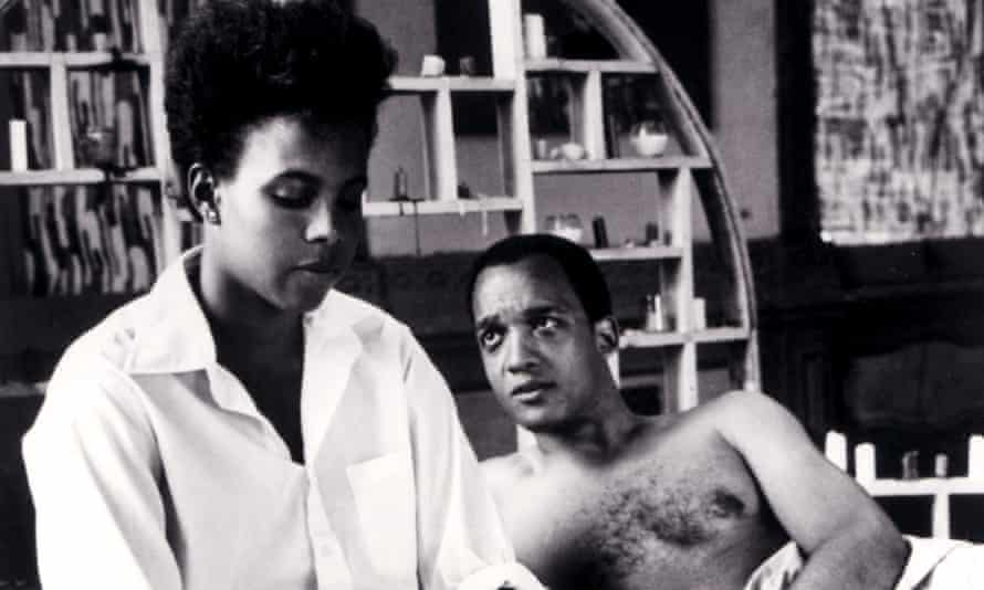 Tracy Camilla Johns and Tommy Redmond Hicks in She's Gotta Have It.