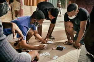 Gambling on the sidewalk, Cruzada Sao Sebastiao, Leblon