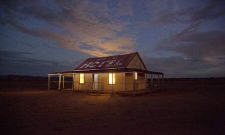 An isolated building in the Australian outback