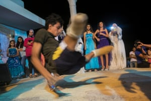 The Tunisian teen performing during the wedding celebrations.