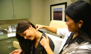 Not that kind of pop star: meet Dr Pimple Popper ...