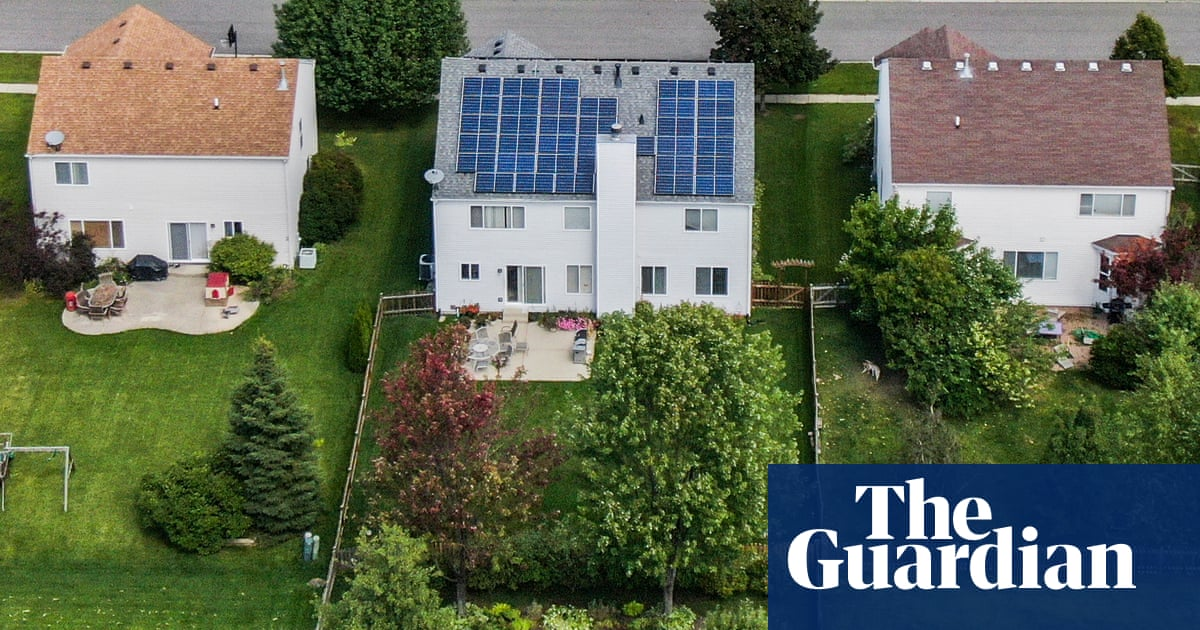 Solar surcharge: how US power firms try to make people pay for going green