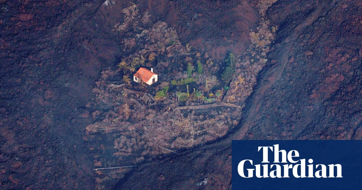 Canary Islands 'miracle home' stands alone against volcano's lava flow