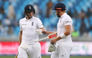 Root and Bairstow walk off.