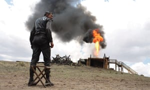 Paul Thomas Anderson's There Will Be Blood, starring Daniel Day-Lewis, reached 3 on the list.