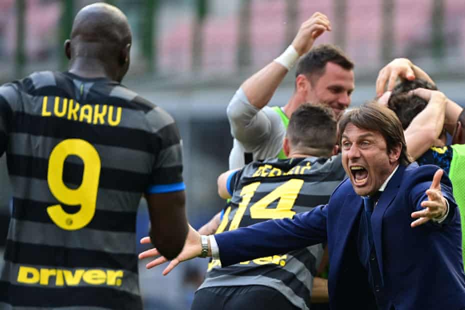 Antonio Conte (right) has just won the title at Inter. José Mourinho clashed repeatedly with the Italian in England.