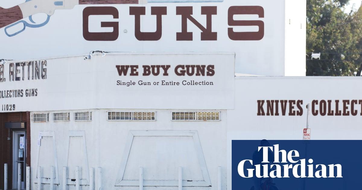 US gun industry groups urge lawmakers to keep gun shops open