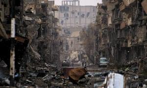 ruined street in Deir ez-Zor