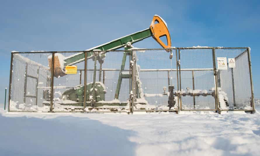 An Exxon Mobil oil production well in Germany sits idle