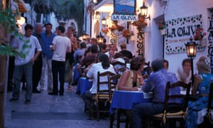 People sitting in front of restaurant La Oliva in Ibiza's old town last week.