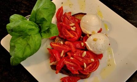 A snack at Salotto42, Rome