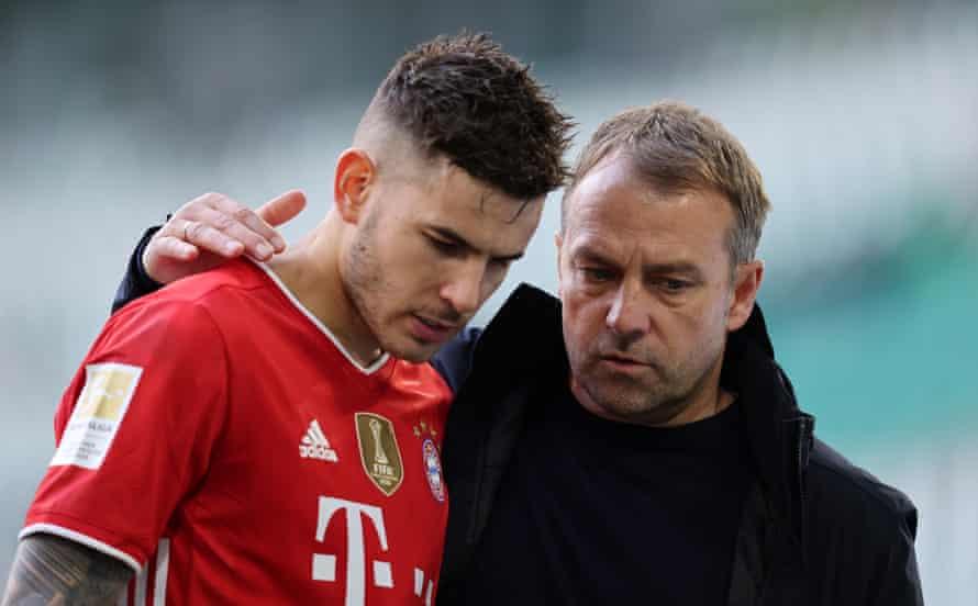 Flick and Lucas Hernandez after Bayern's win at Wolfsburg.