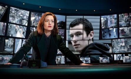 Holliday Grainger plays DI Rachel Carey and Callum Turner is Shaun Emery in The Capture.