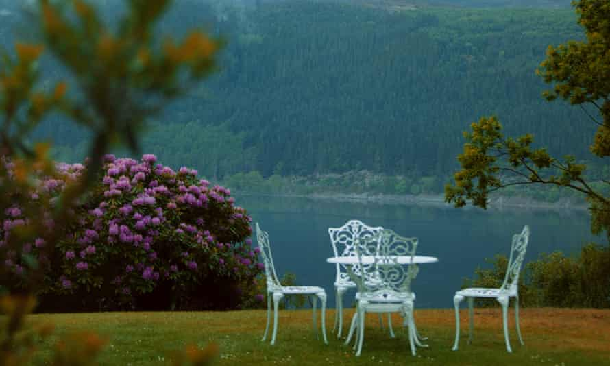 The garden overlooking Loch Ness at Foyer's Lodge