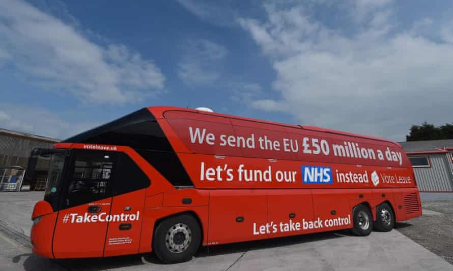 "The ""Vote Leave"" battle-bus"