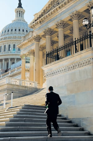 Nov 2005 A young Obama ascends the Capitol steps