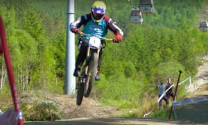1d409e14b4e Paralysed cyclist completes world's hardest downhill course | UK ...